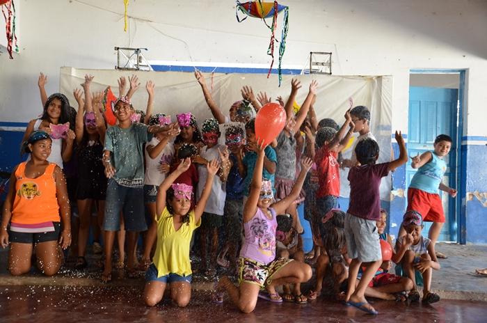 Prefeitura Municipal de Ouro Velho PB, comemora carnaval do PETI