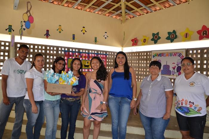 Prefeitura de Ouro Velho PB entrega ovos de páscoa para as crianças da Creche Natalice de Souza Lima