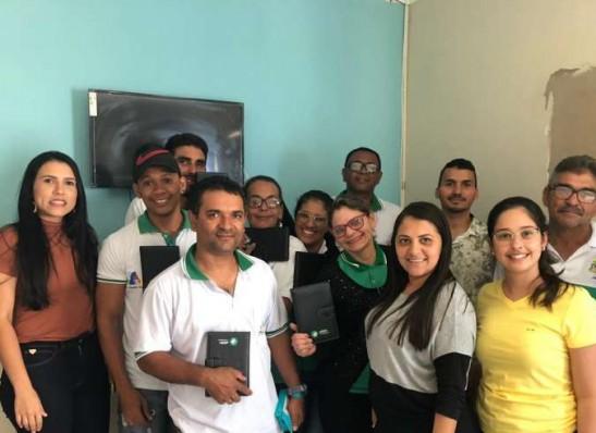 Prefeitura de Ouro Velho entrega tablets para Agentes Comunitários de Saúde