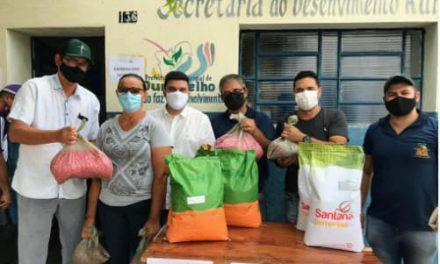 MAIS DE 300 AGRICULTORES BENEFICIADOS: Prefeitura de Ouro Velho realiza entrega de sementes a agricultores cadastrados