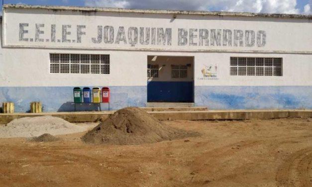 Ouro Velho: prefeito Augusto Valadares anuncia reforma de escola na zona rural